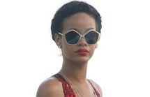 The Style Doctor: sunnies our celebs SHOULD wear