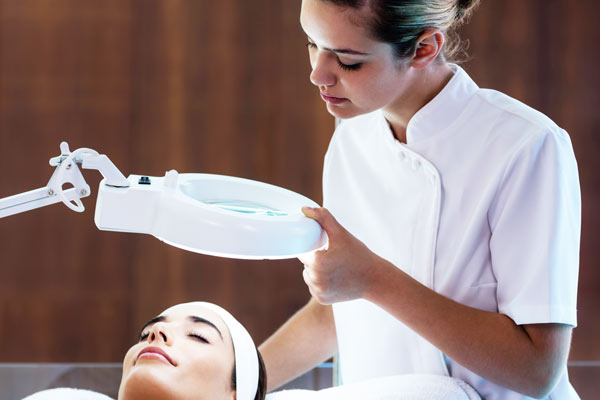 How to choose a good beauty therapist